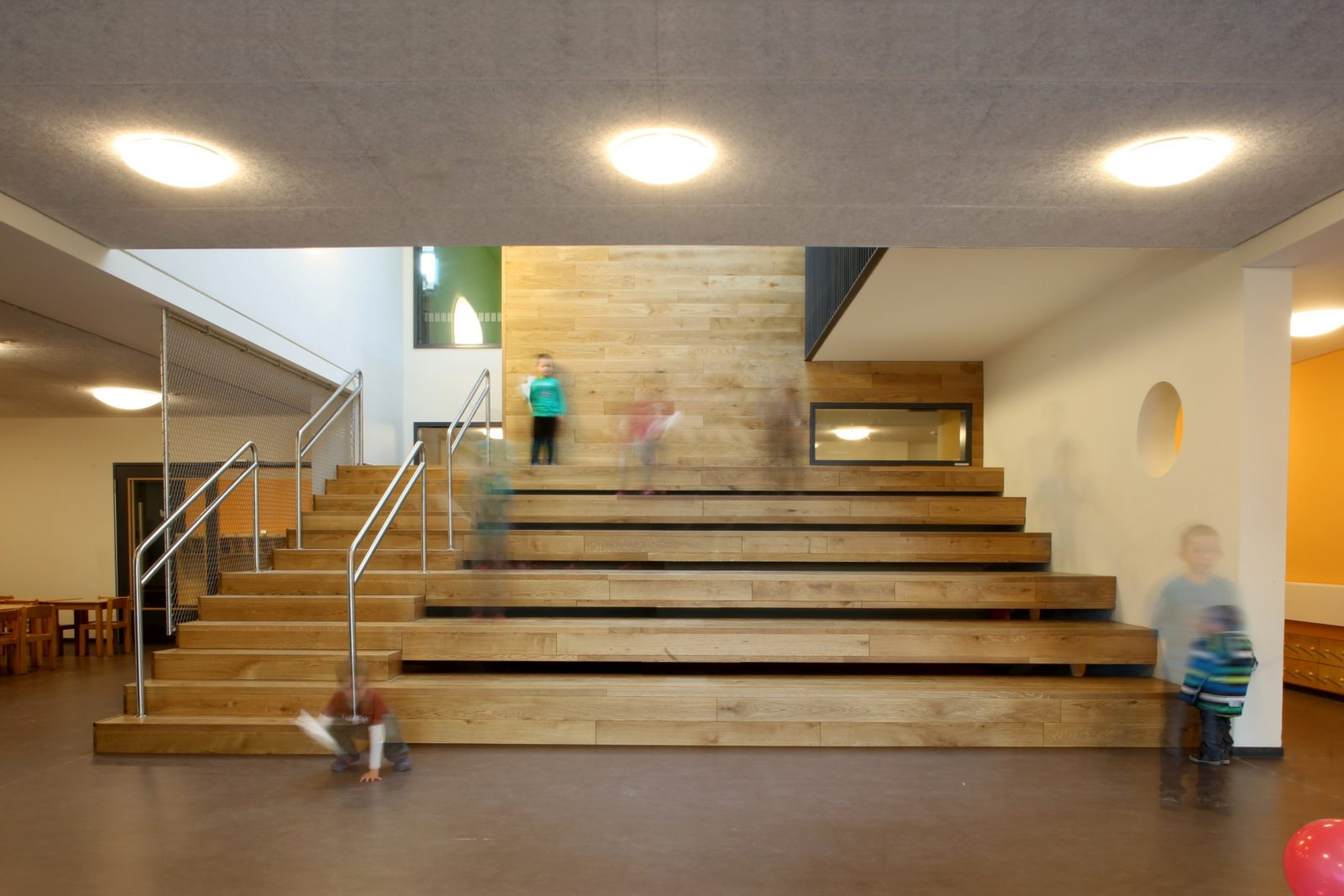kita_Goyastrasse-Zentraltreppe