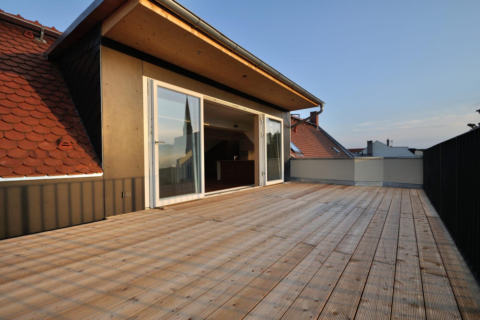 Umbau und Sanierung Mehrfamilienhaus in Leipizg, Plagwitz - Dachterrasse